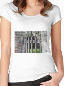 wooden fence Women's Fitted Scoop T-Shirt