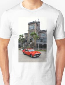 1977 XC Falcon: NZ Falcon & Fairlane Car Club Nationals 2015 T-Shirt
