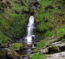 Pistyll Rhaeadr - The highest waterfall in Wales by jumpingjiminy
