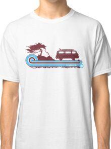 'Longboard' Surf Retro Design in Maroon & Aqua Classic T-Shirt