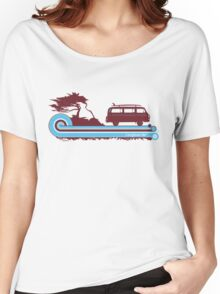 'Longboard' Surf Retro Design in Maroon & Aqua Women's Relaxed Fit T-Shirt