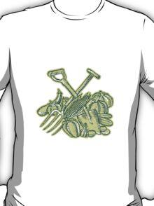 Spade Pitchfork Crop Harvest Etching T-Shirt