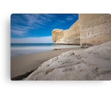 Tunnel Beach 2 Canvas Print