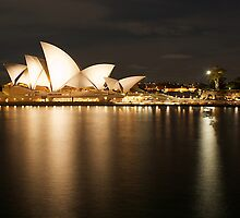 """ Golden Lady .. Sydney Opera House "" by Darren Gray"