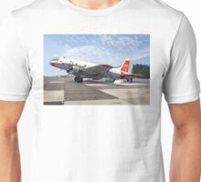 Handley Page Hastings T.5 TG517  Unisex T-Shirt
