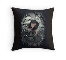 DREAMY NIGTHMARES Throw Pillow