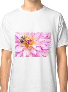 Beautiful Bee & Dahlia Classic T-Shirt