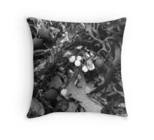 Sea weed in black and white Throw Pillow