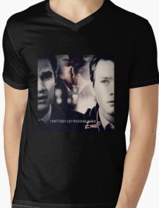 Glee: Don't They Get Together In The End? Mens V-Neck T-Shirt