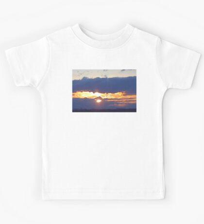 Larravide Md Sunset 77 Kids Tee