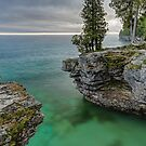 Cave Point Morning by Kenneth Keifer