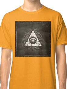Pyramid with eye Classic T-Shirt