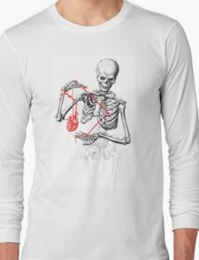 I need a heart to feel complete Long Sleeve T-Shirt