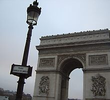 Arc de Triomphe by wittything