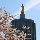 Oregon State Capitol ....The Golden Man by Rhonda  Thomassen
