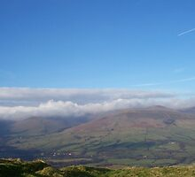 low cloud on kinder / edale by andrew  gregory