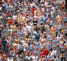 Atlanta Marathon runners by Larry  Grayam