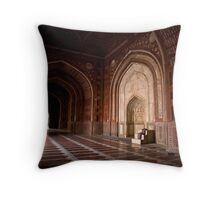 Masjid of Taj Mahal Throw Pillow