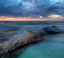 Sunrise Sunrays - Nth Curl Curl Tidal Pool by Jason Ruth