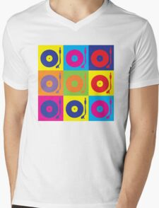 Vinyl Record Player Turntable Pop Art Mens V-Neck T-Shirt