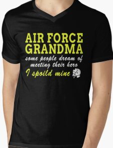 AIR FORCE GRANDMA SOME PEOPLE DREAM OF MEETING THEIR HERO I SPOILED MINE Mens V-Neck T-Shirt