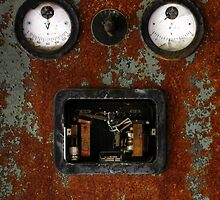 15.4.2015: Rusty Electric Device by Petri Volanen