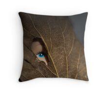 Blue eyed nature girl Throw Pillow