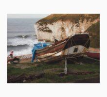 Boats at Thornwick Bay T-Shirt