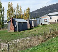 Pickers Huts by GilliB