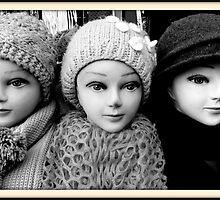 Three Heads by danielgomez