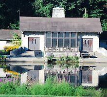 Grant Park Lagoon Pavilion by rfsphoto