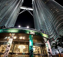 Petronas Twin Towers KLCC 2 by MiImages