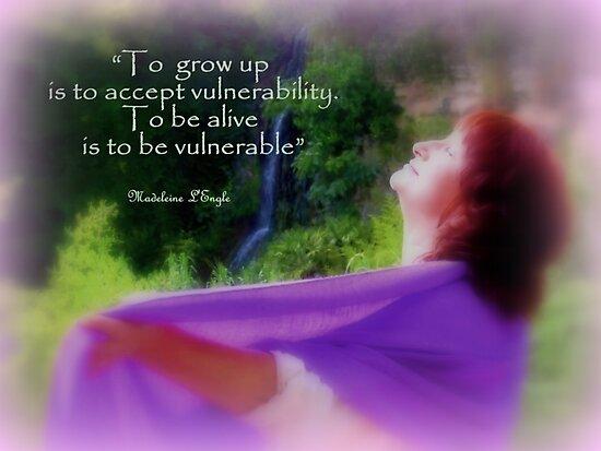 Vulnérabilité by Charmiene Maxwell-Batten