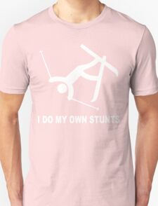 Hardcore ski 'i do all my own stunts' stuntman funny geek nerd T-Shirt