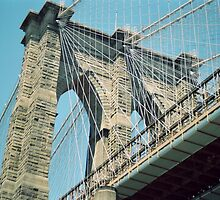 Brooklyn Bridge, New York by Kymbo