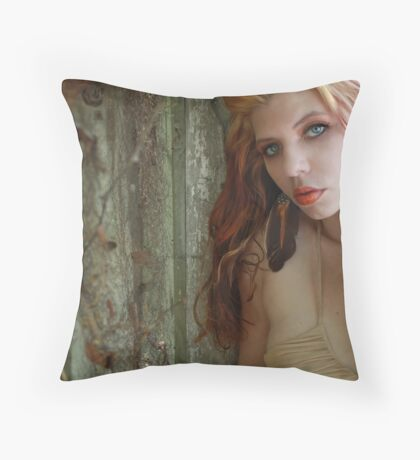 angelica in the vines Throw Pillow