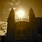 luna park by jonnywalker
