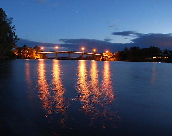 Dumaresq Bridge on Manning  by Graham Mewburn