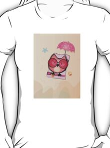 Owl on the beach  T-Shirt