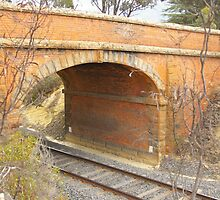 Bridge over train track, North Castlemaine by leanimal