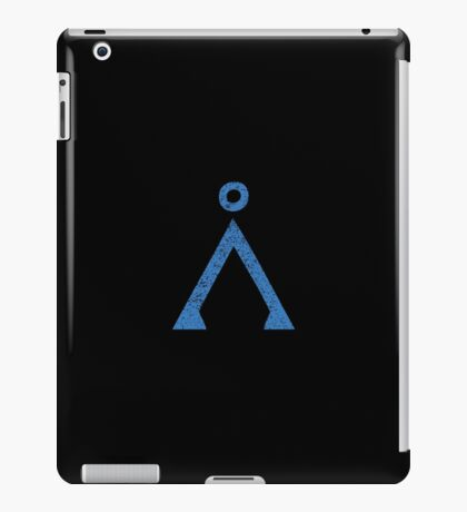 Earth symbol on black background iPad Case/Skin