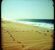 BEACH BLISS - Footprints by Vanessa Sam