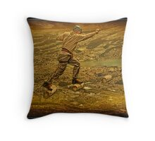 Walking in the sky. Throw Pillow