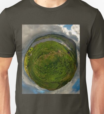 Teelin Bay from Roxborough fort, S. Donegal Unisex T-Shirt