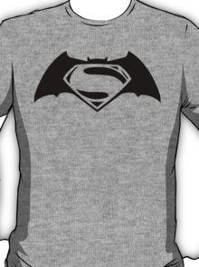 Batman v. Superman T-Shirt