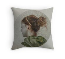 """La ragazza col cerchietto dorato"" ,2009 Throw Pillow"