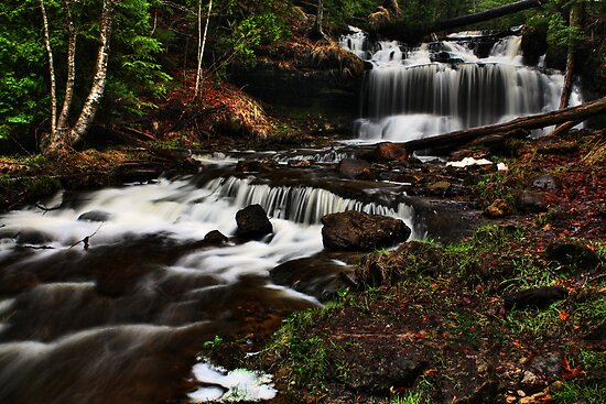 Wagner Falls new by Chintsala