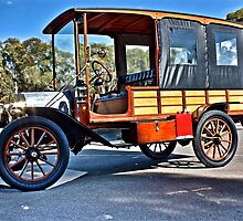 Ford Model T with Wood couchwork by Ferenghi