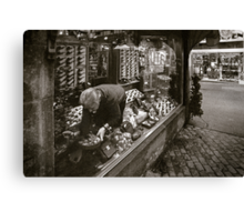 the tobacconist Canvas Print