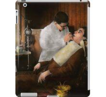 Dentist - An incisive decision - 1917 iPad Case/Skin